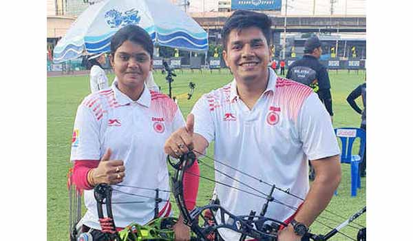 Abhishek & Jyothi bags Gold in Mixed Pair at Asian Archery Championships