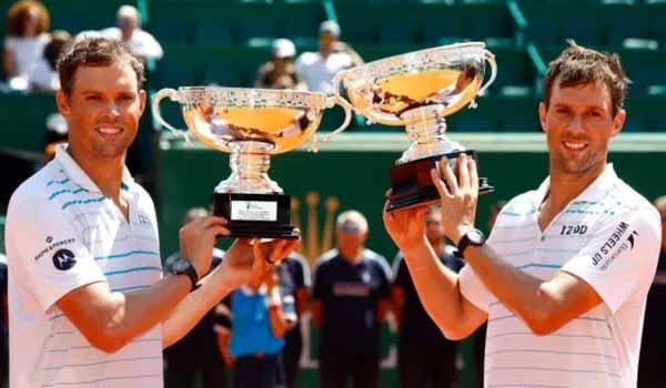 Tennis players - Bryan brothers announced retirement