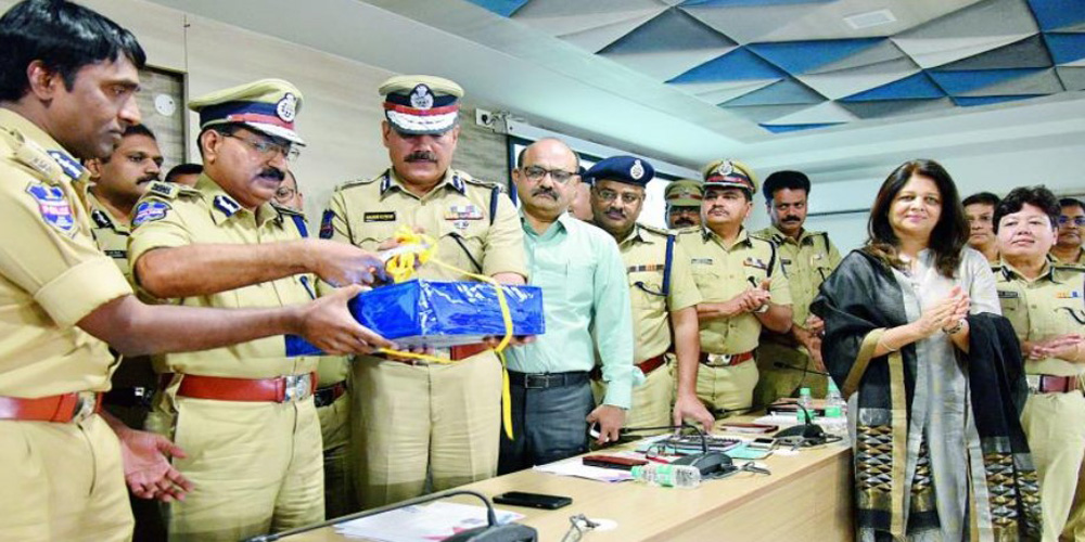 Cop Connect' App Launched by Telangana Police